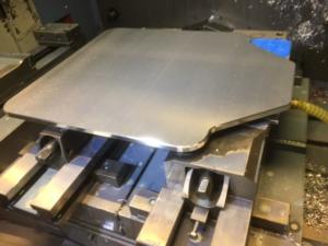 CNC fræsning på vakuumplan