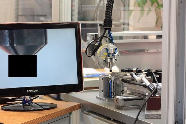 Specialmaskiner - montering og visionkontrol af mikroskopiske emner